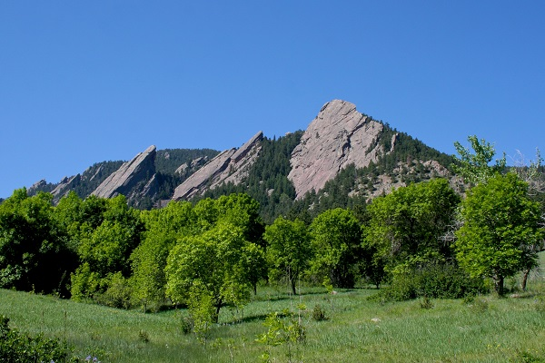 June Hikes, Events, and Museums